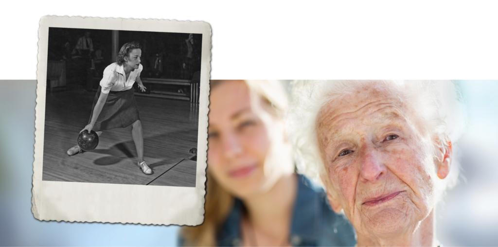 Argos Zorggroep oude mevrouw met polaroid van vroeger
